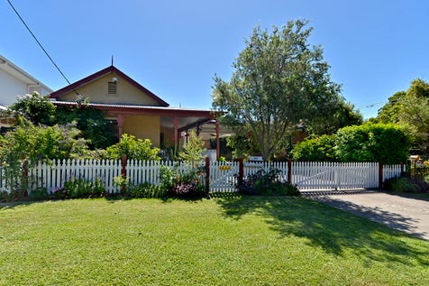 241 Burge Road, Woy Woy, 2256, Central Coast - House / GRACIOUS PERIOD HOME-TWO MINUTE STROLL TO WATER / Swimming Pool - Inground / Carport: 2 / Garage: 1 / Secure Parking / Air Conditioning / Alarm System / Floorboards / Toilets: 2 / $1,100,000