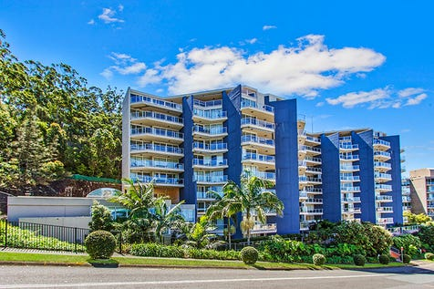 508/97-99 john whiteway drive, Gosford, 2250, Central Coast - Apartment / superior location / Balcony / Garage: 4 / Secure Parking / Built-in Wardrobes / Dishwasher / Ducted Cooling / Ducted Heating / Intercom / Ensuite: 1 / Toilets: 2 / $650,000