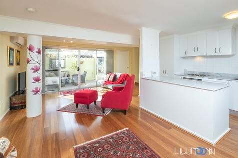 1/14-16 Discovery Street, Red Hill, 2603, Inner South - Apartment / Back on the market! Sale has fallen over! / Garage: 1 / $499,000