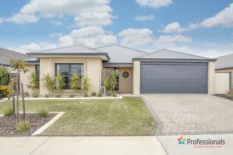 28 Castlefern Street, Ellenbrook, 6069, North East Perth - House / SECOND CHANCE TO BUY!  PERFECT FAMILY HOME! / Garage: 2 / Secure Parking / Air Conditioning / Toilets: 2 / $379,000