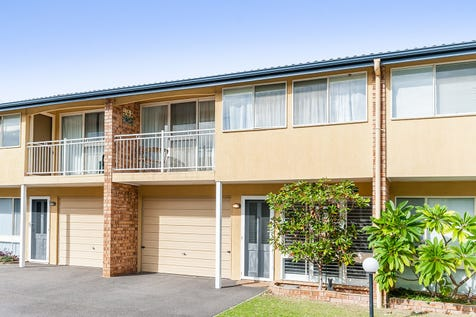 3/28-32 South Street, Umina Beach, 2257, Central Coast - Townhouse / 3 bedroom townhouse / Balcony / Courtyard / Carport: 1 / Secure Parking / Built-in Wardrobes / Dishwasher / Floorboards / P.O.A
