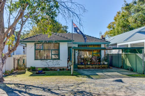 41 Alexandra Street, Umina Beach, 2257, Central Coast - House / Ideal starter or investment / Carport: 2 / $600,000