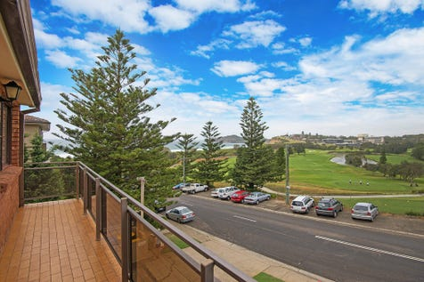 6/44 Golf Ave, Mona Vale, 2103, Northern Beaches - Townhouse / UNDER CONTRACT / Balcony / Courtyard / Garage: 2 / Secure Parking / Dishwasher / Toilets: 3 / P.O.A