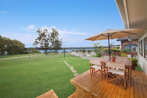 92 Broadwater Drive, Saratoga, 2251, Central Coast - House / Immaculate single level living on pristine waters edge / Carport: 1 / $859,000