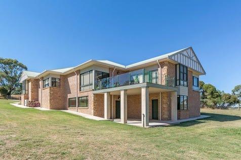 129 Emu Swamp Road, Orange, 2800, Central Tablelands - Other / 129 Emu Swamp Rd / Carport: 1 / Garage: 2 / $1,070,000