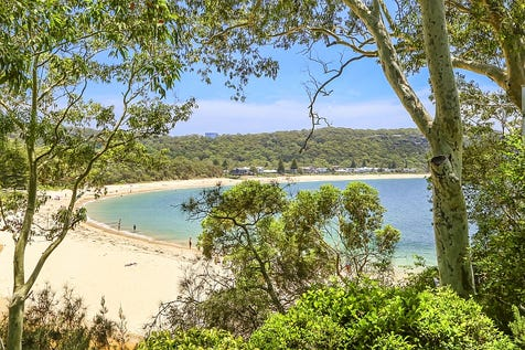 8 Green Point Road, Pearl Beach, 2256, Central Coast - House / Stunning Absolute Beachfront Residence / Garage: 2 / Open Spaces: 2 / Toilets: 4 / $3,750,000