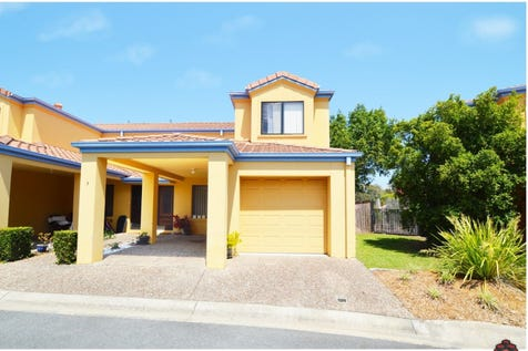 2 Concord Circuit Robina 4226 South Gold Coast Townhouse 3