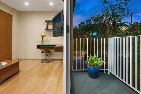 4/660 Barrenjoey Road, Avalon Beach, 2107, Northern Beaches - Unit / Charming and luxurious studio in prime location / Balcony / Carport: 1 / Built-in Wardrobes / Dishwasher / P.O.A