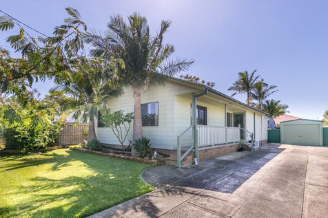 27 Barker Avenue, San Remo, 2262, Central Coast - House / SURPRISINGLY SPACIOUS / Garage: 1 / $418,000