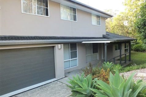 9 Perratt Close, Lisarow, 2250, Central Coast - House / 5 bed Family Home Open House Sat 21st Jan 2017 12:noon-12:30PM   / Deck / Shed / Garage: 2 / Remote Garage / Air Conditioning / Built-in Wardrobes / Dishwasher / Split-system Air Conditioning / Living Areas: 2 / $695,000