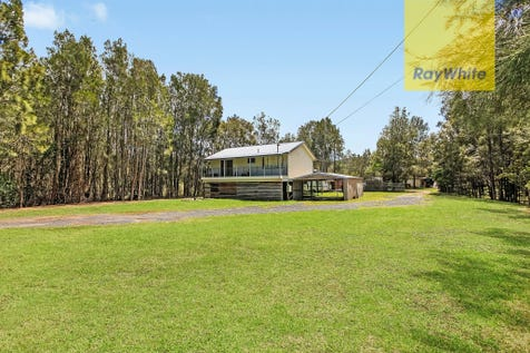 915 The Entrance Road, Forresters Beach, 2260, Central Coast - Acreage/semi-rural / RARE ACRE BY THE BEACH / Balcony / Carport: 2 / Secure Parking / Air Conditioning / Alarm System / Floorboards / $799,000