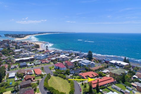 2/4-8 The Crescent, Blue Bay, 2261, Central Coast - Villa / VILLA LIVING BY THE SEA! / Courtyard / Shed / Carport: 1 / Built-in Wardrobes / $460,000