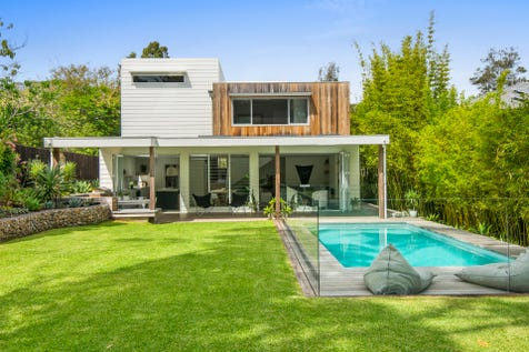 18 Coonanga Road, Avalon Beach, 2107, Northern Beaches - House / Flawless Sophisticated Coastal Design / Garage: 2 / Air Conditioning / Built-in Wardrobes / Study / Ensuite: 1 / P.O.A