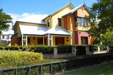 5 Old Jacaranda Way, Subiaco, 6008, Perth City - House / HAMPTON HALL - Perfection in Design! / Garage: 2 / $1,575,000