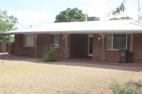 31 Atriplex Road, Kambalda West, 6442, East - House / Huge Shed! Solid brick home! / Carport: 2 / Garage: 2 / Air Conditioning / Toilets: 1 / $220,000