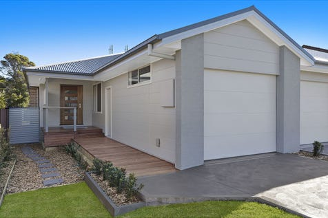 10 Crown Street, Toukley, 2263, Central Coast - House / BRAND NEW TORRENS TITLE DUPLEX / Garage: 1 / Ensuite: 1 / $579,000