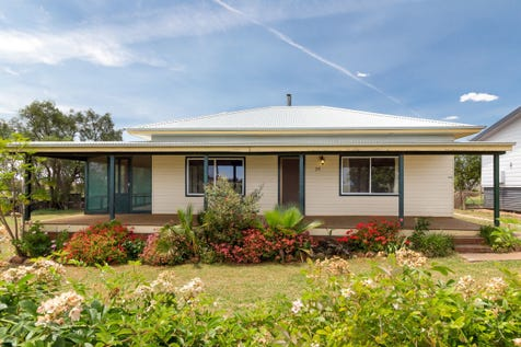 28 Eurimbla Road, Cumnock, 2867, Central Tablelands - House / Village Lifestyle / Carport: 2 / Garage: 2 / Living Areas: 1 / Toilets: 2 / $200,000