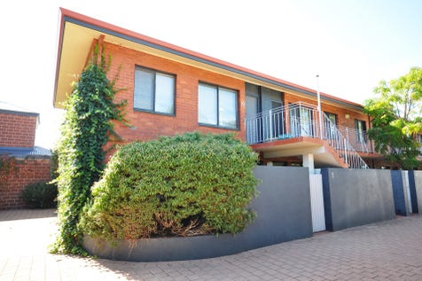 4/345 Stirling Street, Highgate, 6003, Perth City - Unit / REDUCED TO SELL!! / Carport: 1 / Secure Parking / Air Conditioning / $279,000