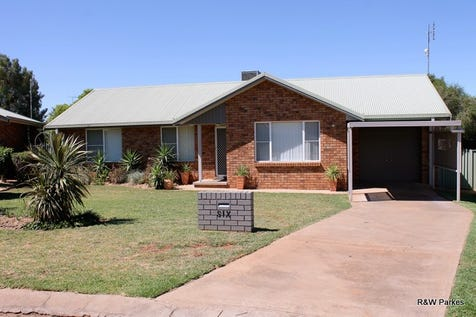 6 Tulara Place, Parkes, 2870, Central Tablelands - House / Ideally Located / Carport: 1 / Garage: 1 / Toilets: 2 / $285,000