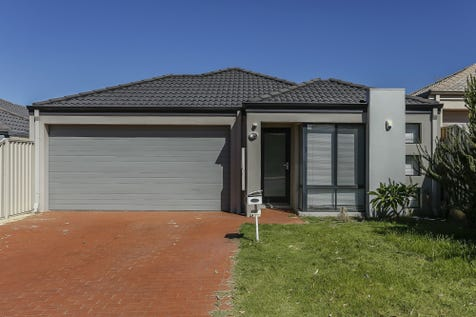 31 Traminer Way, Pearsall, 6065, North East Perth - House / Modern Family Home 4 Bedroom + Theatre! / Garage: 2 / Ensuite: 1 / $449,000