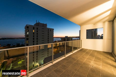 72/151 Adelaide Terrace, East Perth, 6004, Perth City - Apartment / RIVER VIEWS IN PERFECT CITY LOCATION! / Swimming Pool - Inground / Garage: 1 / Air Conditioning / $579,000