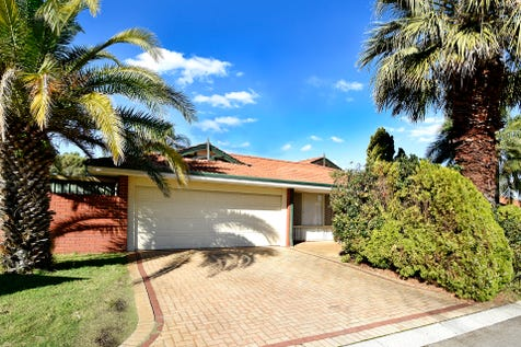 16 Turstin Glen, Kiara, 6054, North East Perth - House / GREAT FAMILY HOME!! / Garage: 2 / Air Conditioning / Toilets: 2 / $479,000