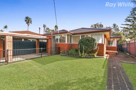 24 Ilumba Ave, Davistown, 2251, Central Coast - House / Affordable Brick Beauty / Carport: 1 / Secure Parking / Air Conditioning / Floorboards / Toilets: 2 / $620,000