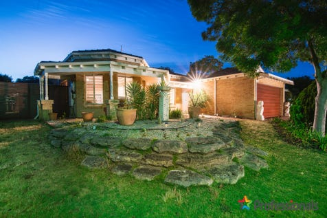 21 Cabernet Place, The Vines, 6069, North East Perth - House / CHARMING CHARACTER HOME-SURE TO IMPRESS / Garage: 2 / Open Spaces: 2 / Secure Parking / Air Conditioning / Alarm System / Floorboards / Toilets: 2 / $595,000