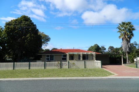 15 Sutton Road, High Wycombe, 6057, North East Perth - House / INVESTORS/DEVELOPERS / Carport: 2 / Toilets: 1 / $440,000