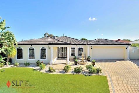 12 TIPUANA Mews, Ellenbrook, 6069, North East Perth - House / Impressive Family Home ! Pool ! Large Block ! / Garage: 2 / $485,000