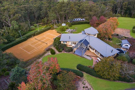 241 Williams Road, Kulnura, 2250, Central Coast - Lifestyle / CONTEMPORARY COUNTRY RESIDENCE IN A MAGNIFICENT RURAL SETTING / Garage: 4 / $1,450,000