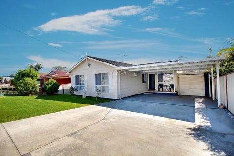54 Spencer Road, Mannering Park, 2259, Central Coast - House / First Home, Growing Family or Investment / Fully Fenced / Garage: 3 / Air Conditioning / Dishwasher / Rumpus Room / $590,000