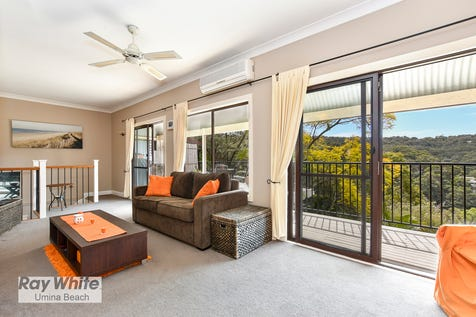 44 Horsfield Road, Horsfield Bay, 2256, Central Coast - House / PRIVATE 3 BEDROOM HOME WITH STUNNING WATER VIEWS! / Balcony / Carport: 2 / Air Conditioning / Floorboards / $780,000