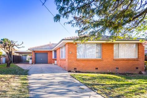 94 Matthews Avenue, Orange, 2800, Central Tablelands - House / * Style, space and sunlight / Garage: 2 / $345,000