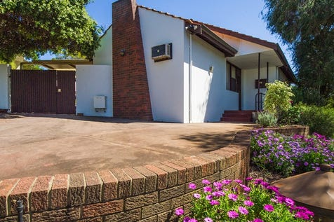 17 Doherty St, Embleton, 6062, North East Perth - House / WORK FROM HOME? / Carport: 2 / Toilets: 2 / $525,000