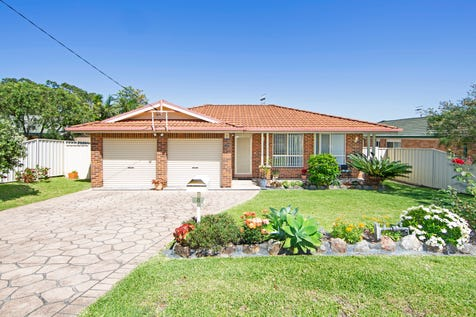 8 Bruce Road, Buff Point, 2262, Central Coast - House / Home Sweet Home / Garage: 2 / P.O.A