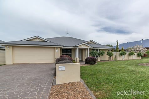 4 Valencia Drive, Orange, 2800, Central Tablelands - House / Pretty as a Picture / Balcony / Garage: 2 / Secure Parking / Toilets: 2 / $489,000