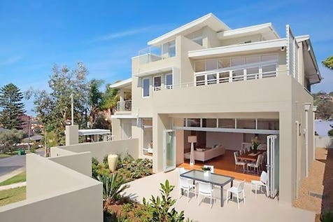 1/10 Grosvenor Road, Terrigal, 2260, Central Coast - Unit / Single Level Living and Easy Walk to Village / Garage: 2 / Air Conditioning / Alarm System / Built-in Wardrobes / Dishwasher / Intercom / Ensuite: 1 / $1,425,000