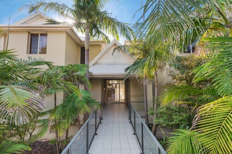 4/5 Maroomba Road, Terrigal, 2260, Central Coast - Unitblock / Premier Location & Lifestyle / Garage: 1 / $875,000