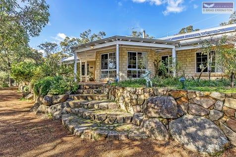 2 Edith Street, Darlington, 6070, North East Perth - House / MASSIVE HILLS RESIDENCE WITH A BONUS POOL AND GRANNY FLAT! / $859,000