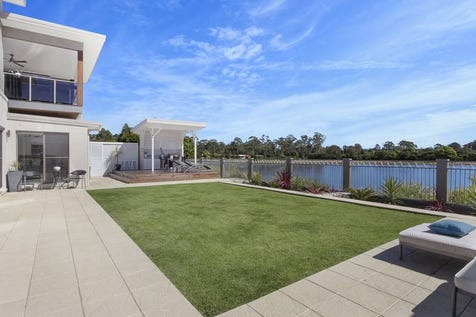 1A Narrabeen Close, Mardi, 2259, Central Coast - House / Stunning Home / Balcony / Garage: 2 / Air Conditioning / Dishwasher / Ensuite: 3 / $1,200,000
