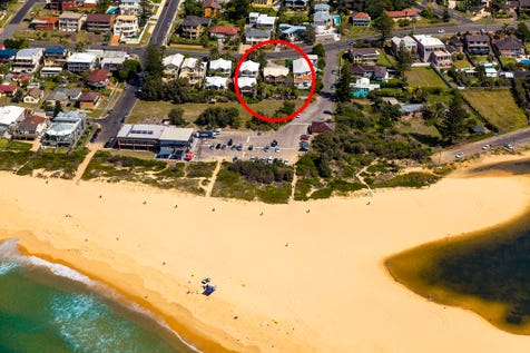 """1/133 Ocean View Dr, Wamberal, 2260, Central Coast - Unit / """" Surfside """" -  Position without the price! / Balcony / Open Spaces: 1 / Alarm System / Built-in Wardrobes / Floorboards / Toilets: 1 / $589,000"""