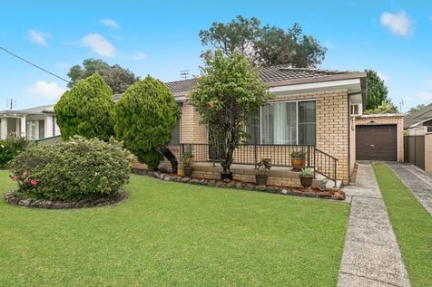 15 Lovell Road, Umina Beach, 2257, Central Coast - House / Attention First Home Buyers! / Garage: 1 / $580,000
