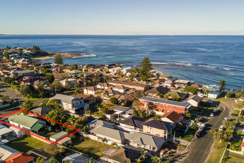 5 Beenbah Avenue, Blue Bay, 2261, Central Coast - House / Selling with Craig & Blake ! / Balcony / Carport: 1 / Toilets: 1 / $1,018,000