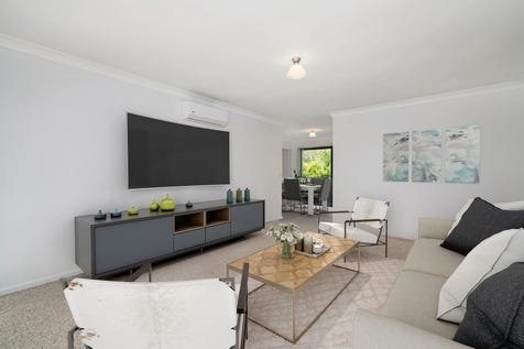 8/7 King Street, Ourimbah, 2258, Central Coast - Unit / Attention first home buyers and investors / Balcony / Fully Fenced / Garage: 1 / Remote Garage / Secure Parking / Air Conditioning / Built-in Wardrobes / Dishwasher / P.O.A