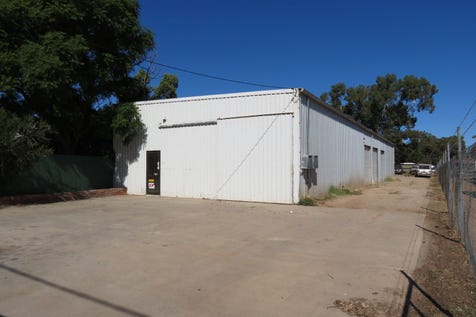 84 Old York Road, Northam, 6401, East - House / STORAGE UNITS / P.O.A