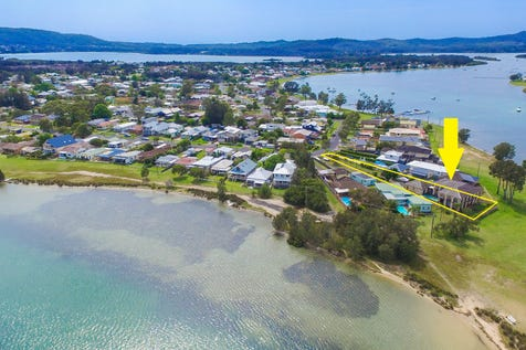22 Malinya Rd, Davistown, 2251, Central Coast - House / Waterfront Reserve on 1284sqm - Priced to Sell / Balcony / Swimming Pool - Inground / Garage: 2 / Secure Parking / Toilets: 3 / $1,150,000