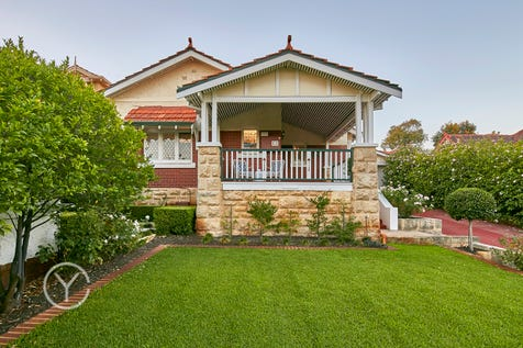 21 Vale Street, Mount Lawley, 6050, Perth City - House / STATELY HOME ON THE CITY FRINGE / Carport: 3 / $1,535,000