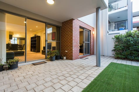45/15 Carr Street, West Perth, 6005, Perth City - Apartment / NORTH facing Apartment with private courtyard, perfect for kids or pets / Garage: 1 / $400,000