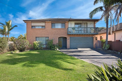 607 The Entrance Road, Bateau Bay, 2261, Central Coast - House / 'Walk To Everything' Location / Garage: 2 / Toilets: 2 / $599,000